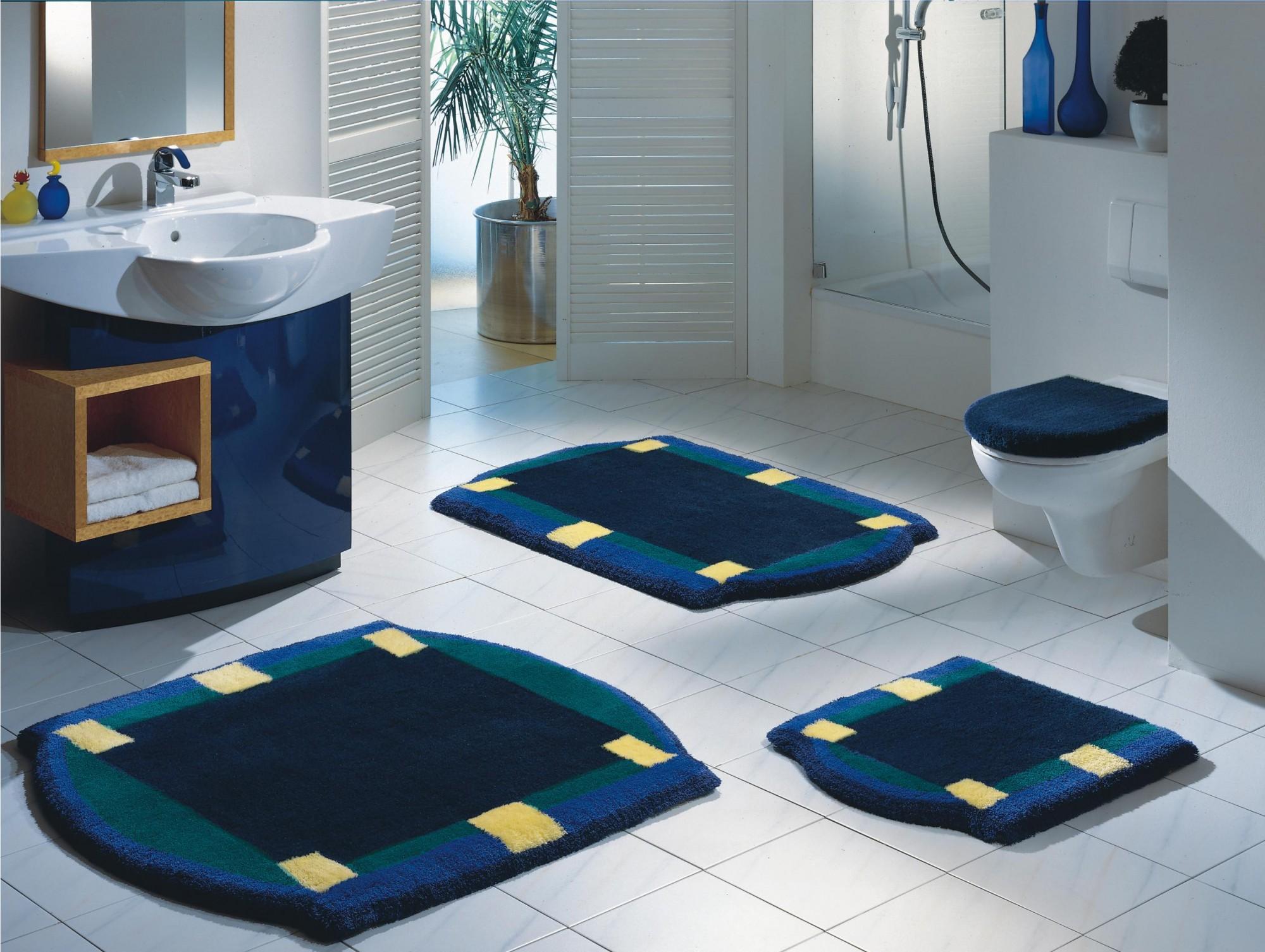 badteppich new york wei grau von clarissa. Black Bedroom Furniture Sets. Home Design Ideas